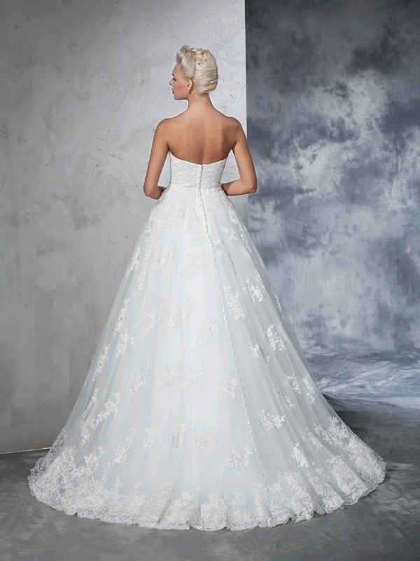 Ball Gown Strapless Lace Long Lace Wedding Dress