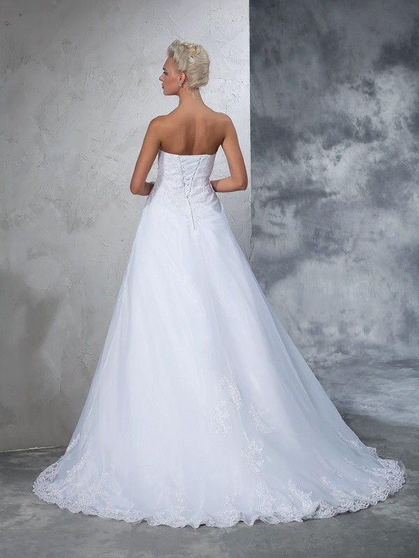 Ball Gown Strapless Long Net Wedding Dress