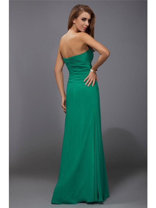 Sheath/Column Strapless Long Chiffon Bridesmaid Dress