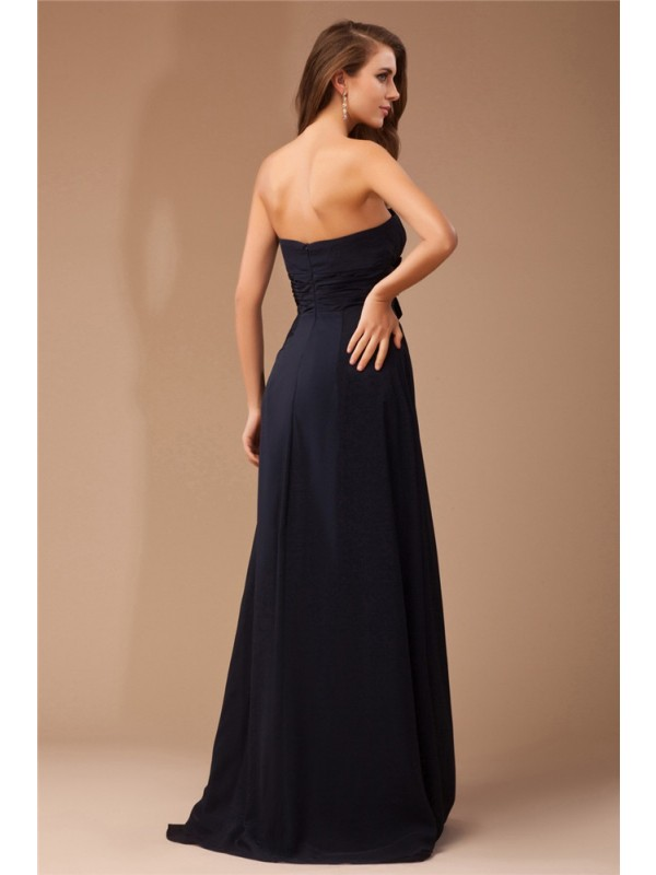 Sheath/Column Strapless Long Chiffon Elastic Woven Satin Dress