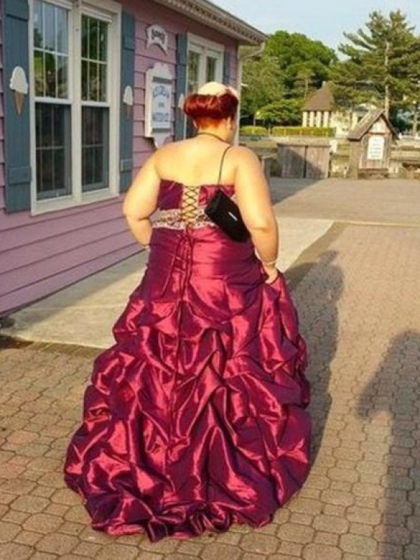 A-Line/Princess Strapless Long Taffeta Plus Size Dress