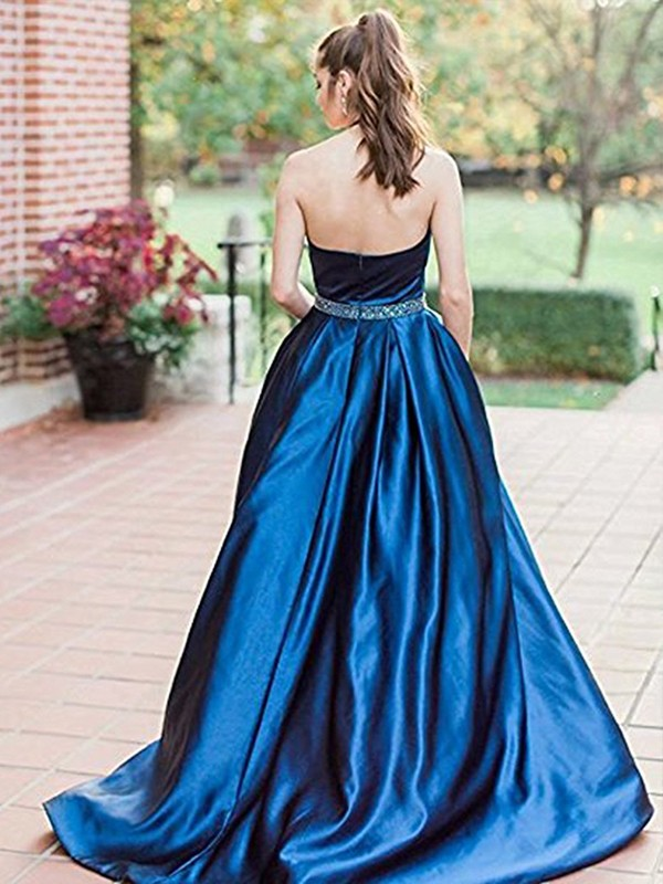 A-Line/Princess Halter Long Satin Dress