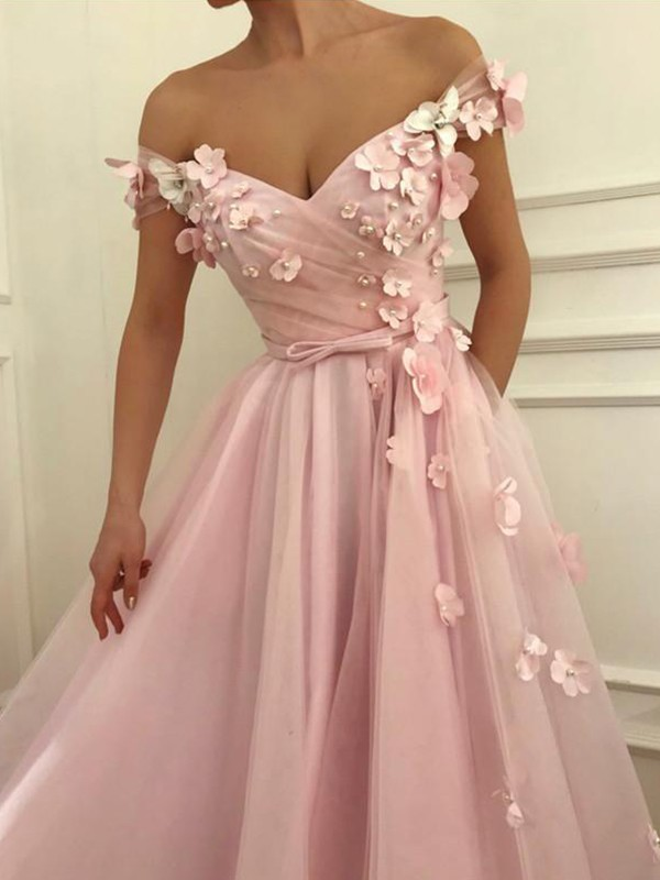 A-Line/Princess Off-the-Shoulder Long Tulle Dress