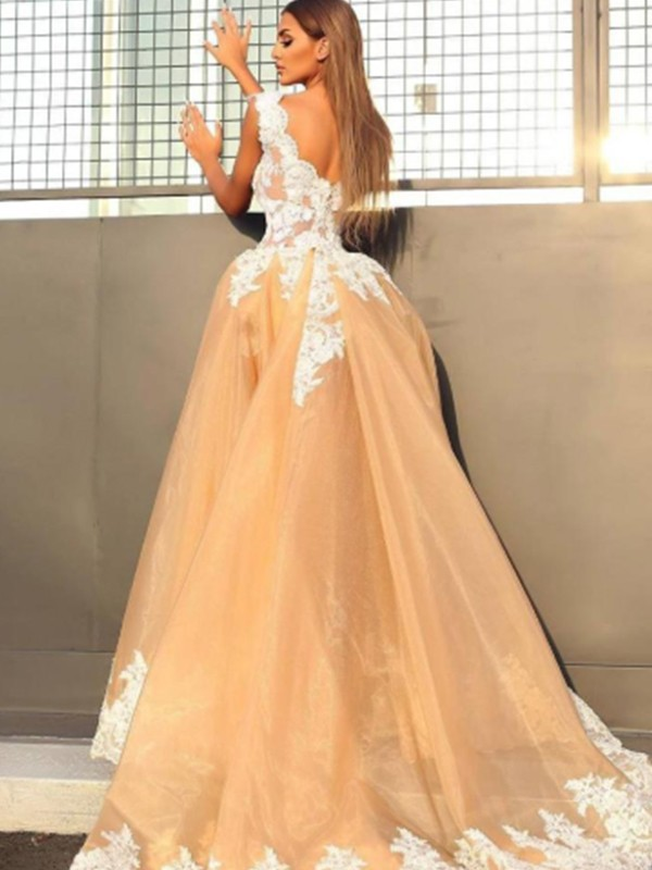 A-Line/Princess V-neck Long Lace Organza Dress