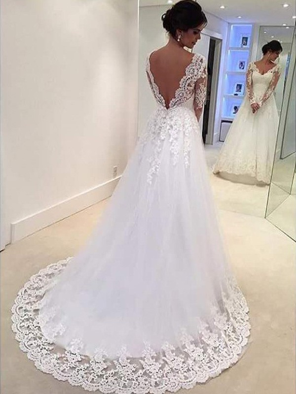 Ball Gown V-neck Long Sleeves Lace Long Tulle Wedding Dress