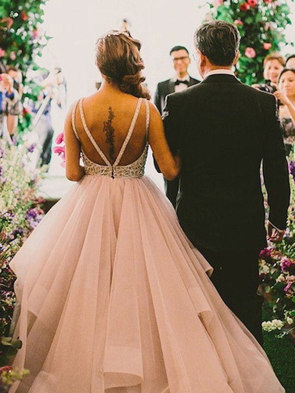 Ball Gown Scoop Long Tulle Wedding Dress