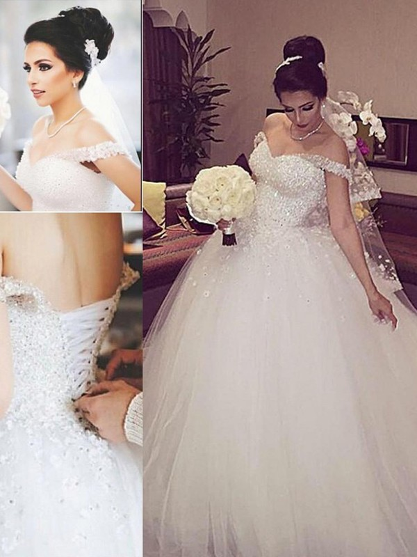 Ball Gown Off-the-Shoulder Lace Long Tulle Wedding Dress