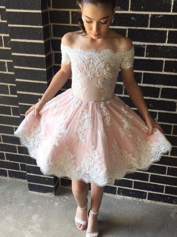 A-Line/Princess Off-the-Shoulder Lace Short Dress