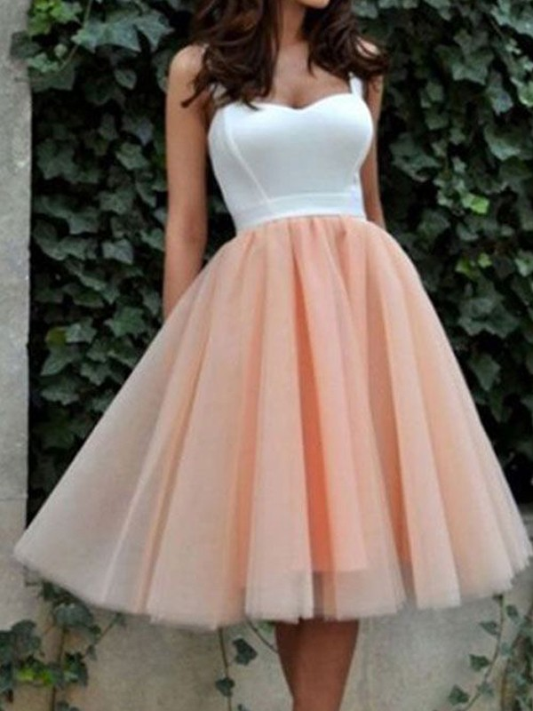 A-Line/Princess Sweetheart Tulle Knee-Length Dress