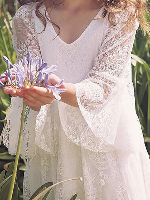 A-Line/Princess Long Sleeves V-neck Lace Long Flower Girl Dress