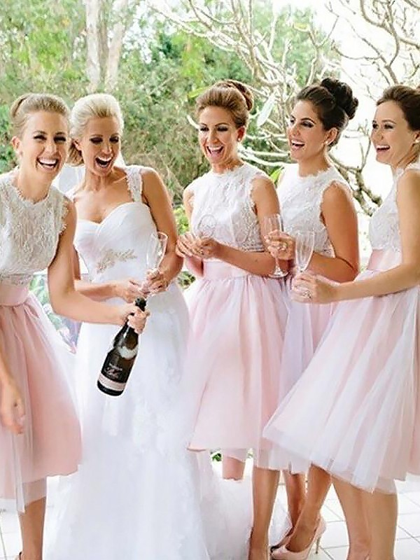 A-Line/Princess Scoop Tulle Short Bridesmaid Dress