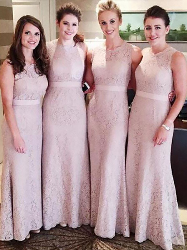 Sheath/Column Lace Scoop Long Bridesmaid Dress