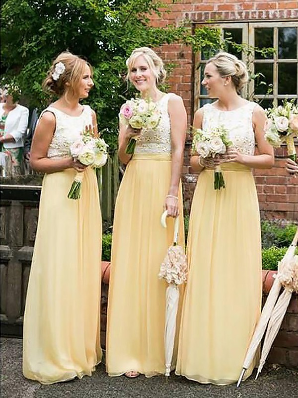 A-Line/Princess Scoop Chiffon Long Bridesmaid Dress