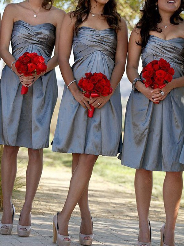 Sheath/Column Sweetheart Satin Short Bridesmaid Dress
