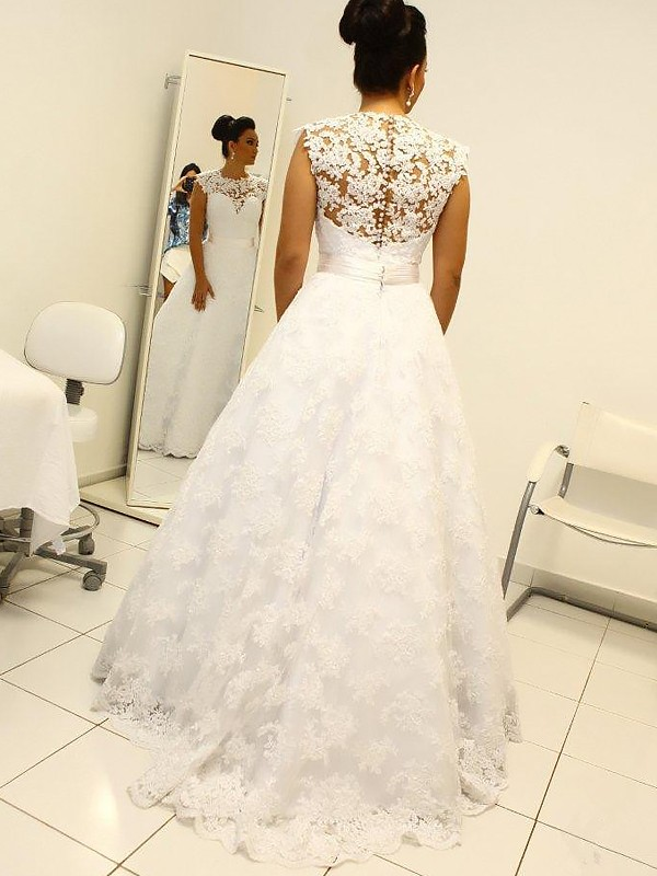 Ball Gown Scoop Lace Long Wedding Dress