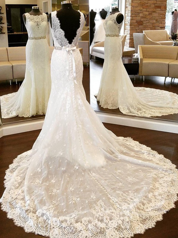 Sheath/Column Lace Scoop Long Wedding Dress