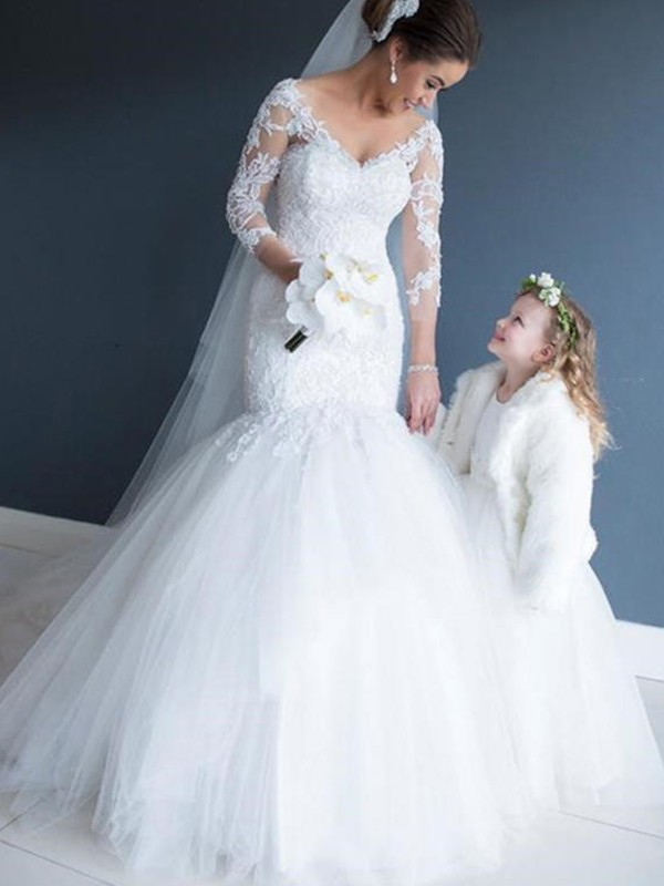 Mermaid V-neck Tulle 3/4 Sleeves Long Wedding Dress
