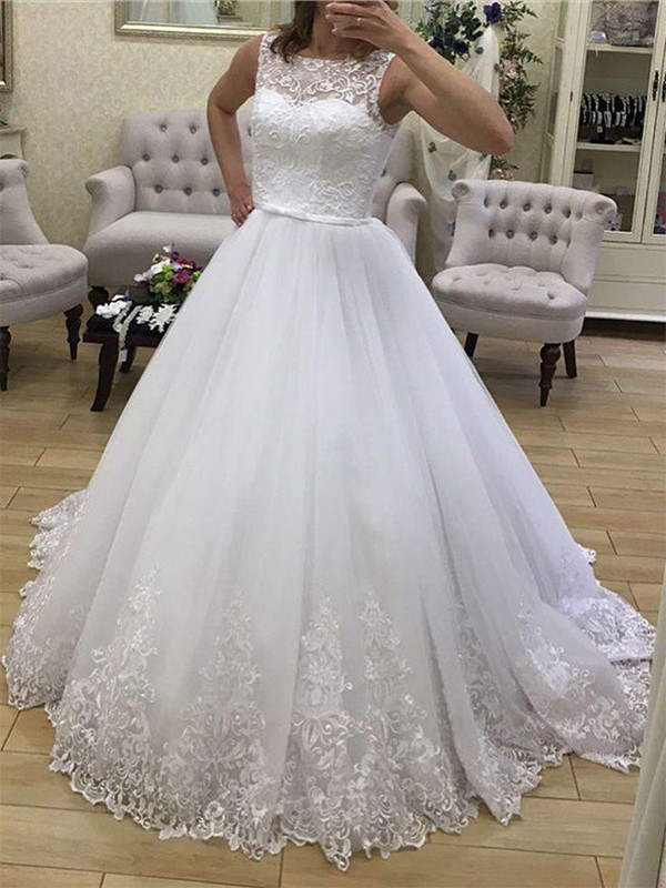 Ball Gown Tulle Scoop Long Wedding Dress