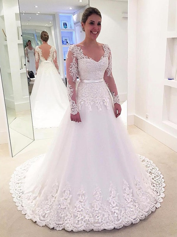 A-Line/Princess V-neck Long Sleeves Tulle Long Wedding Dress