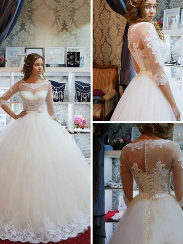 Ball Gown Tulle Scoop 1/2 Sleeves Long Wedding Dress