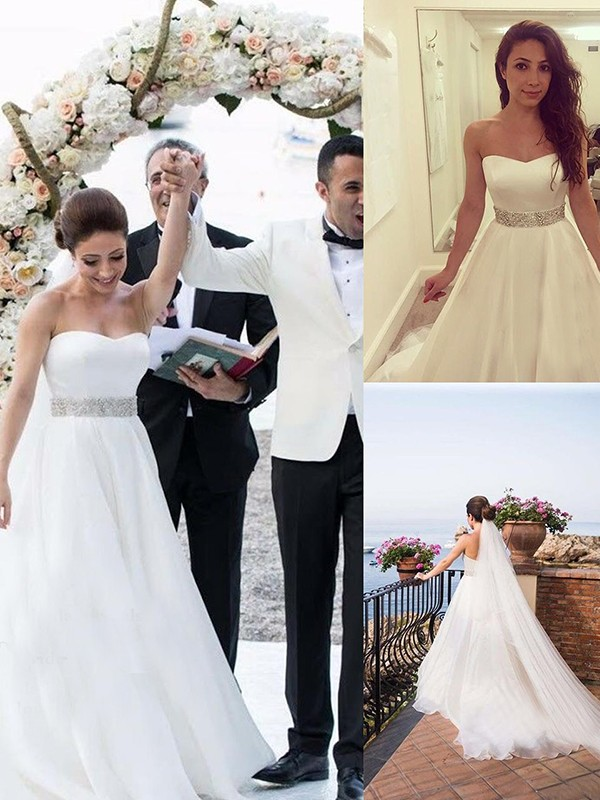 A-Line/Princess Sweetheart Tulle Long Wedding Dress