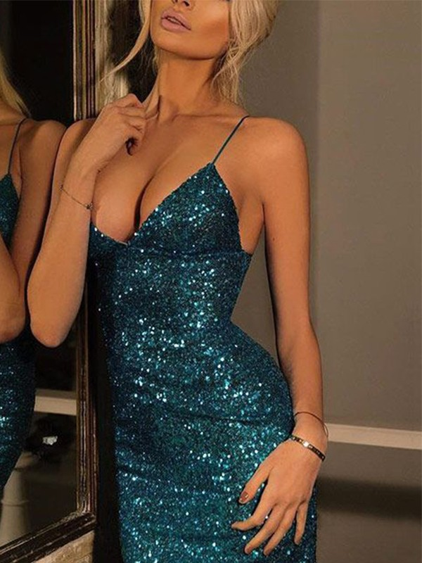 Sheath/Column Spaghetti Straps V-neck Sequins Short Dress